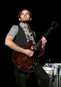 Caleb Followill, Kings Of Leon. I'm obsessed with their new cd. OBSESSED!