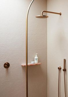 A pink children& ensuite bathroom with rose gold accents Classic Bathroom, Modern Bathroom, Small Bathroom, Rustic Bathrooms, Master Bathroom, Bathroom Styling, Bathroom Interior Design, Coastal Inspired Bathrooms, Natural Stone Bathroom