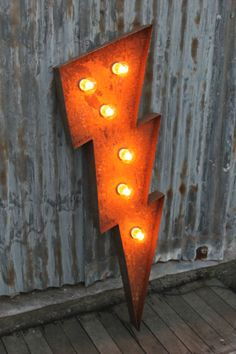 Should we make a lightning bolt Marquee style light? We think this one is gorgeous! Industrial Signs, Vintage Industrial, Industrial Office Design, Marquee Lights, Idee Diy, Lightning Bolt, Home And Deco, Black Decor, Vintage Lighting