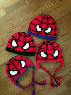 Superhero / Spider man fans of all ages will love to wear this hat! Pattern has written instructions for 5 sizes: 6 month, 12 month, toddler, child and adult. Also, both styles (beanie and earflap) are included. Quick and easy … vertical web lines are easily crocheted; no additional sewing for the web design. Eyes are crocheted separately and sewn on. Make several; great for gift giving!