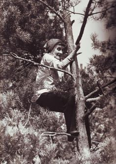 Astrid Lindgren - just like the heroic little girl she wrote about, one of my all-time favorite book characters, Pippi Longstocking. Donald Pleasence, Michael Myers, Pippi Longstocking, Anthony Kiedis, Reservoir Dogs, Portraits, John Travolta, Young At Heart, Freddy Krueger