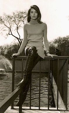 Françoise Hardy in knee-high leather boots