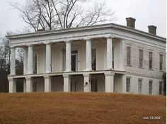 """Glen Mary Plantation, Sparta GA, December my 2007 photo - - - Glen Mary, home of Major General Ethan Allen Hitchcock (May 18, 1798-August 5, 1870), advisor to Lincoln and """"Pen of the Army,"""" is the only surviving rural High Greek Revival """"raised cottage"""" plantation house remaining in the United States which is situated on a portion of original cotton plantation lands."""