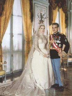 Grace Kelly's 1956 Wedding Dress. #4 on the list of 10 most iconic wedding dresses.