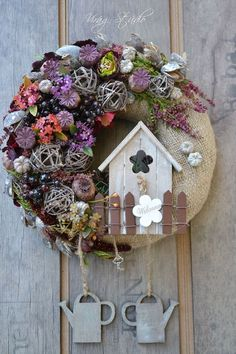 ideas for yellow walls decor quotes ideas ideas for birthday ideas powder room to wall decor ideas for deck ideas ideas for birthday party ideas thrift store Easter Wreaths, Fall Wreaths, Christmas Wreaths, Christmas Decorations, Holiday Decor, Fabric Wreath, Diy Wreath, Wreaths And Garlands, Wooden Decor