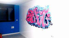 ¿qué adolescente no quiere un graffiti en su habitación? Con Picktum, ¡quedan así de chulos!
