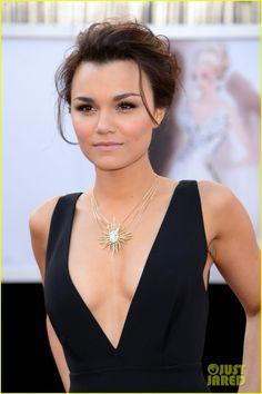 Samantha Barks - Oscars 2013 Red Carpet