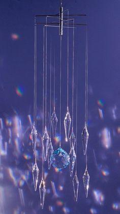 Crystal mobile