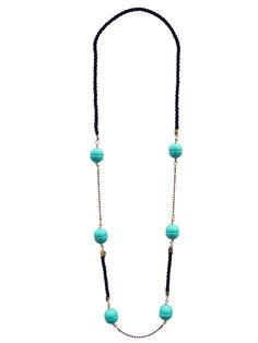 Família Consuelo :: Colar Consuelo feito em corda preta, corrente dourada e peças de resina azul turquesa.