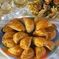Lajos Mari konyhája - Gombás táska Snack Recipes, Snacks, Bacon, Chips, Chicken, Food, Snack Mix Recipes, Appetizer Recipes, Appetizers