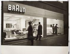 Braun Information Center, Frankfurt, 1960  All photos by Hans G. Conrad  via René Spitz