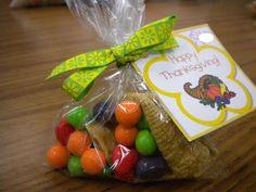 Classroom Freebies: Thanksgiving Treat Tags
