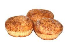 Søte og saftige veganske eplemuffins med sukker og kanel! Grunnoppskrifta kan også brukes til en rekke variasjoner. Muffin, Breakfast, Desserts, Food, Morning Coffee, Muffins, Meal, Deserts, Essen
