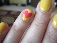 Valentine's Day Nail Art Tutorial, cute! check out www.MyNailPolishObsession.com for more nail art ideas.