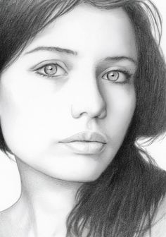 Discover The Secrets Of Drawing Realistic Pencil Portraits Portrait Drawing Tips, Portrait Sketches, Pencil Portrait, Portrait Art, Drawing Sketches, Art Drawings, Cute Girl Drawing, Woman Drawing, Realistic Pencil Drawings