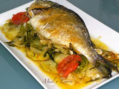 La imagen puede contener: comida e interior Gefilte Fish Recipe, Ono Fish Recipe, Parmesan Fish Recipe, Fluke Recipe, Beef Recipes, Cooking Recipes, Walleye Fish Recipes, Whole 30 Recipes, Cake Recipes