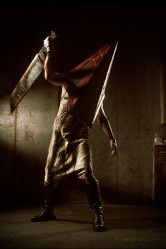 Silent Hill 2 - Pyramidhead cosplay by Aoki-Lifestream.deviantart.com on @DeviantArt