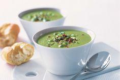 Krémová chřestová polévka je absolutně klasickou partií, kterou je ovšem možné rozehrát několika směry.