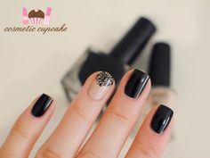 Love the softness the nude/filigree nail brings to the dark black nails.