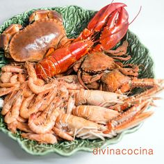 Spanish Kitchen, Savoury Dishes, Fish And Seafood, Seafood Recipes, Food Art, Tapas, Catering, Shrimp, Salmon