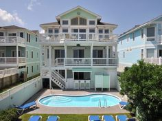 Exclusive Nags Head location perfectly situated on the shores of the Atlantic offers breathtaking ocean views for the ultimate in a family reunion, a gathering of friends for a sporting event, a corporate sales training session or a celebration of any kind!