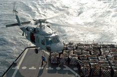 US_Navy_050120-N-3372S-024_An_MH-60S_Knighthawk_helicopter_hovers_over_the_flight_deck_of_the_Military_Sealift_Command_(MSC)_fleet_replenishment_oiler_USNS_Tippecanoe_(T-AO_199).jpg (JPEG Image, 3008×2000 pixels)