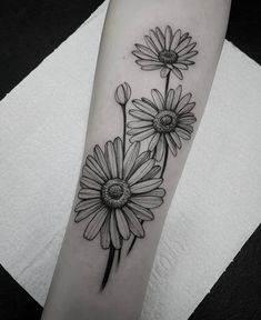 Daisies to cover up mountain range tattoo, dark and lots of black to hide colour - Tattoos - White Daisy Tattoo, Daisy Flower Tattoos, Daisies Tattoo, Black Tattoos, Body Art Tattoos, Small Tattoos, Sleeve Tattoos, Piercing Tattoo, Piercings