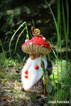 Купить Гриб Мухомор Лукич - ярко-красный, гриб, мухомор, сказка, авторская ручная работа