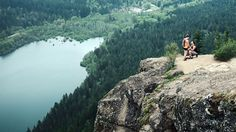Man Tracks Down Couple from Mysterious Mountaintop Proposal    This put a smile on my face! So sweet!