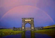 Roosevelt Arch, Gardiner MT, North Entrance to Yellowstone National Park