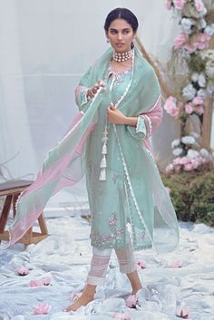 Exclusively woven chiffon jacquard shirt with hand embroidered motifs, enhanced with sequins and pearls. The neckline has signature tassels. It comes with a slip Pakistani Dress Design, Pakistani Outfits, Indian Outfits, Pakistani Bridal, Pakistani Designer Suits, Stylish Dress Designs, Stylish Dresses, Fashion Dresses, 80s Fashion