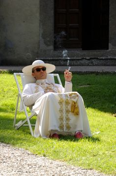 """eroscestlavie: """"i can't articulate how much jude law: sexy pope embodies my 2017 mood """""""