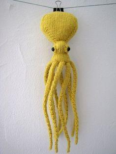 knit a squid.