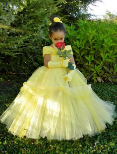 Tutu Dress Yellow Princess Belle How cute is she, I want my own little princess Little Princess, Princess Belle, Disney Princess, Diy Tutu, Halloween Dress, Halloween Kostüm, Belle Halloween, Couple Halloween, Halloween Costumes