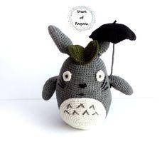 Totoro Plush, with his umbrella and leaf - My Neighbor Totoro (Tonari no Totoro) Christmas Stocking Fillers, Handmade Items, Handmade Gifts, Star Wars Gifts, My Neighbor Totoro, Geek Gifts, Animation Film, Dinosaur Stuffed Animal, Stuffed Animals