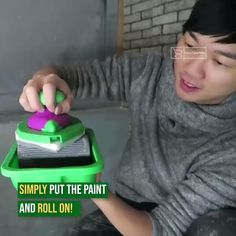 easy home diy upgrades Shop Now>>Super Easy DIY Wall Painting Diy Wall Painting, Painting Tips, House Painting, Diy Home Crafts, Diy Home Decor, Home Gadgets, Cool Inventions, Useful Life Hacks, Home Repairs