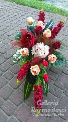 Cemetery Flowers, Funeral Flowers, Ikebana, Floral Wreath, Wreaths, Plants, Home Decor, Flower Arrangements, Floral Crown