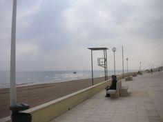 Paseo playa Bellreguart