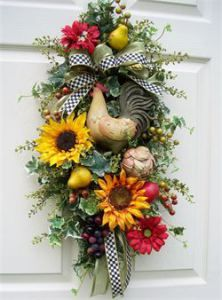 Decorating with Personality. Unique floral wreaths, swags and home decor items. Deco Mesh Wreaths, Holiday Wreaths, Ribbon Wreaths, Winter Wreaths, Burlap Wreaths, Spring Wreaths, Wreath Crafts, Diy Wreath, Tulle Wreath