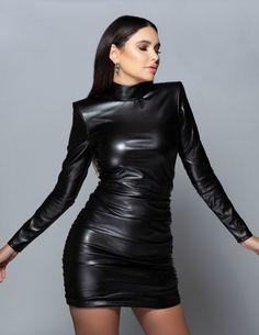 Leather Mini Dress, Black Leather Dresses, Leather Blazer, Leather Skirt Outfits, Leder Outfits, Turtleneck Bodysuit, Best Leggings, Lady, Bodycon Dress