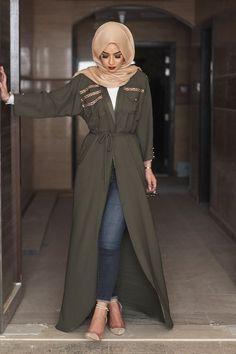 Bottle green bisht sohamt.com #bisht #hijab #abaya