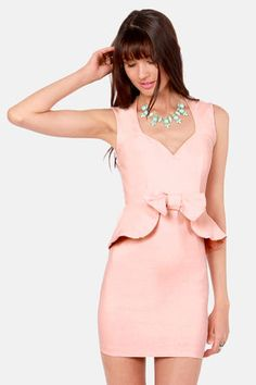 Check it out from Lulus.com! Well aren't you just the picture of elegance in the Portrait of a Lady Pink Peplum Dress! Stretchy woven material provides the perfect body-con fit, with a lovely sweetheart neckline that only gets sweeter when you see the cute bow that rests atop a peplum waistline. Open back cutout adds a dash of spice to this saccharine sheath. Darted bodice. Hidden back zipper. Front of bodice is lined. Model is wearing a size small. 74�0Rayon, 22�0Nylon, 4�0Spandex. Hand…