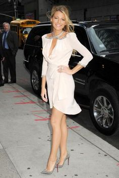 Blake Lively sparkling in her Louboutin Pigalle pumps