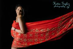 Indian sari for maternity shoot outfit