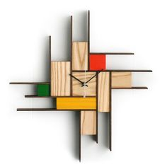 wooden clock and hemp rope. Working Wall, Wall Watch, Wooden Pallet Projects, Wooden Coasters, Wood Clocks, Cool Walls, Handmade Wooden, Wood Wall Art, Decoration