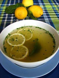 Bouillon de poule citronné et épicé aux herbes (4 pers.)