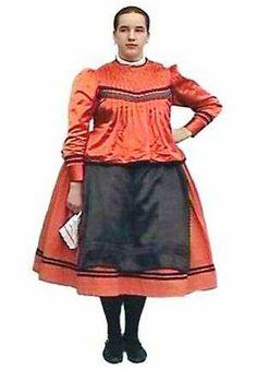 European Costumes, Handkerchiefs, Folk Costume, People Of The World, Homeland, Budapest, Folk Art, Popular, How To Wear