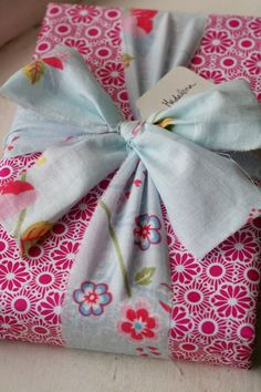 Great fabric bow!  A good way to use leftover fabric .