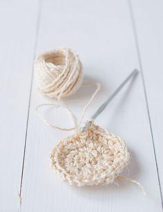 Crocheter une corbeille avec de la ficelle - Marie Claire