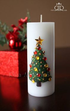 Christmas & New Year Candles by Ruaa Rose Christmas Candle Decorations, Christmas Candles, Christmas Ornaments, Homemade Candles, Diy Candles, Candle Making At Home, Henna Candles, Candle Art, Custom Candles